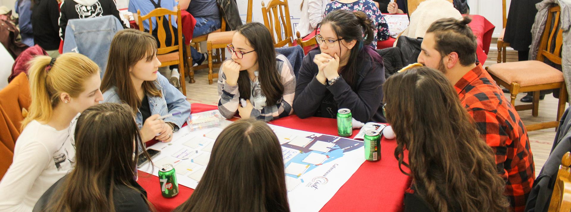 350 fiatalt szólított meg a CIVIT program országos körútja